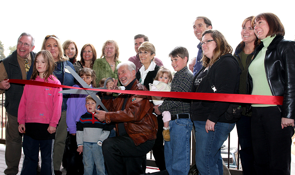 ribbon-cutting-evergreen-terraces